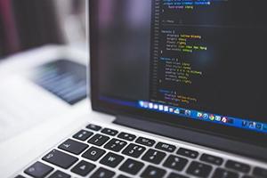 代码定制网站和模块化制作网站的区别
